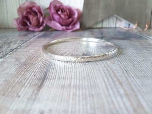 Sterling Silver Oval Wire Bangle