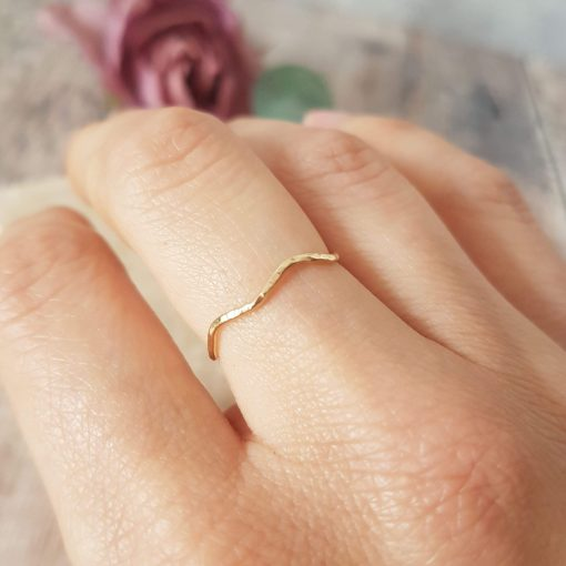 9ct Solid Gold Wave Ring
